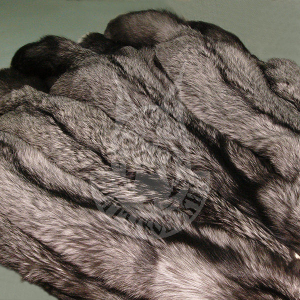 "Fox skins (raw) ""Silver-black"""